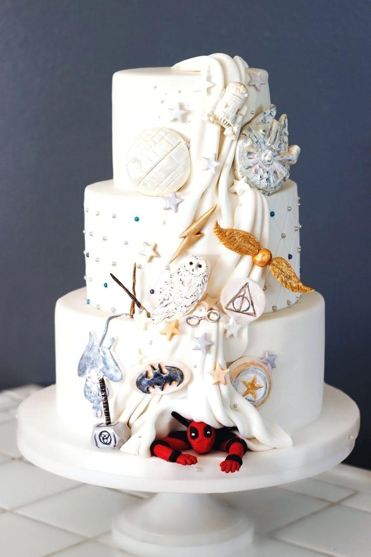 fun wedding cake, wedding cake trends 2018