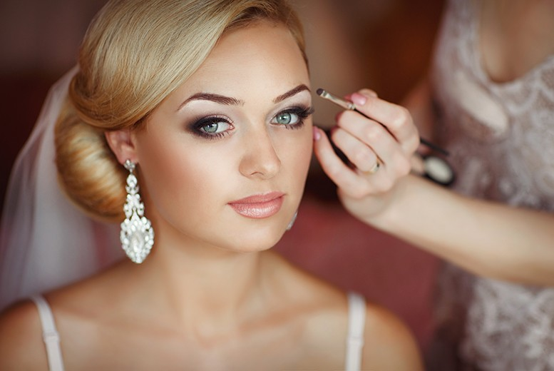 Bridal Makeup Flower Making : Top bridal hair trends of all time