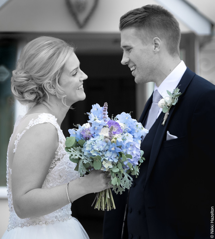 chloe and ross, real wedding, country wedding, the compasses at pattiwick, wedding venues uk, wedding inspiration