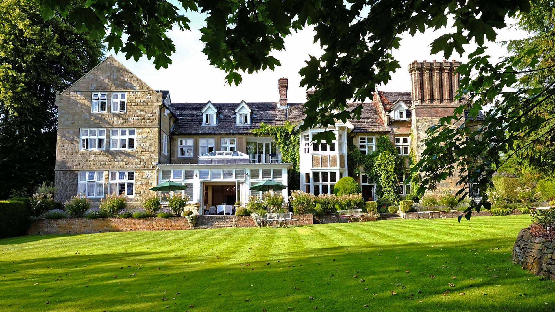 Ockenden Manor Hotel and Spa, Wedding Venues, Late License Wedding Venues